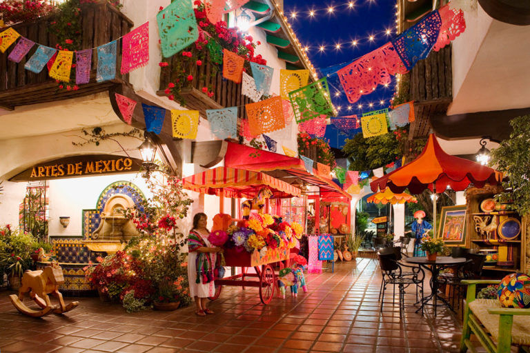 Image of Festival Marketplace in Old Town San Diego