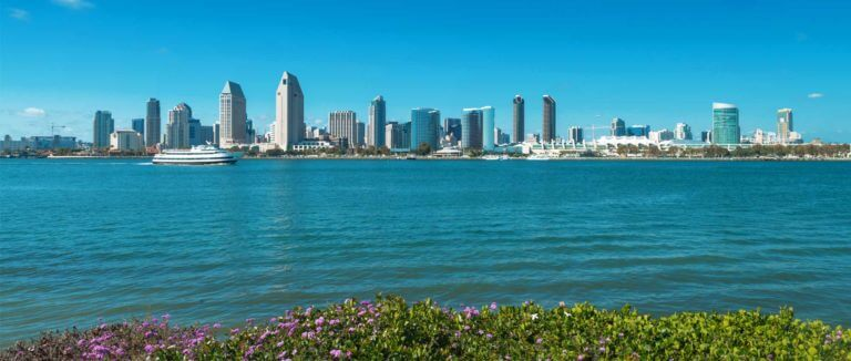 Best Sights to See While Cruising the San Diego Harbor